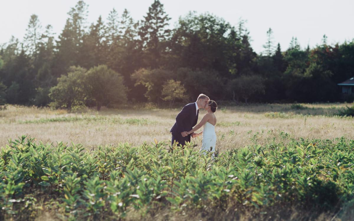 Alyssa & Patrick at Lookout Inn