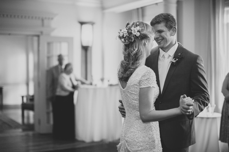 Ocean-Maine-Wedding-Portland-8093