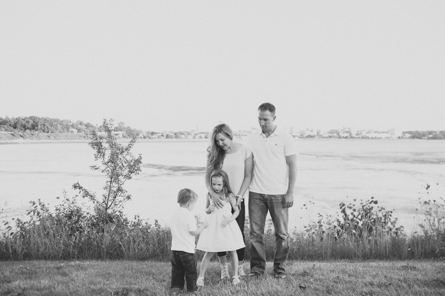 Family-Photography-At-Home-Urbsn-Portland-Maine-4095