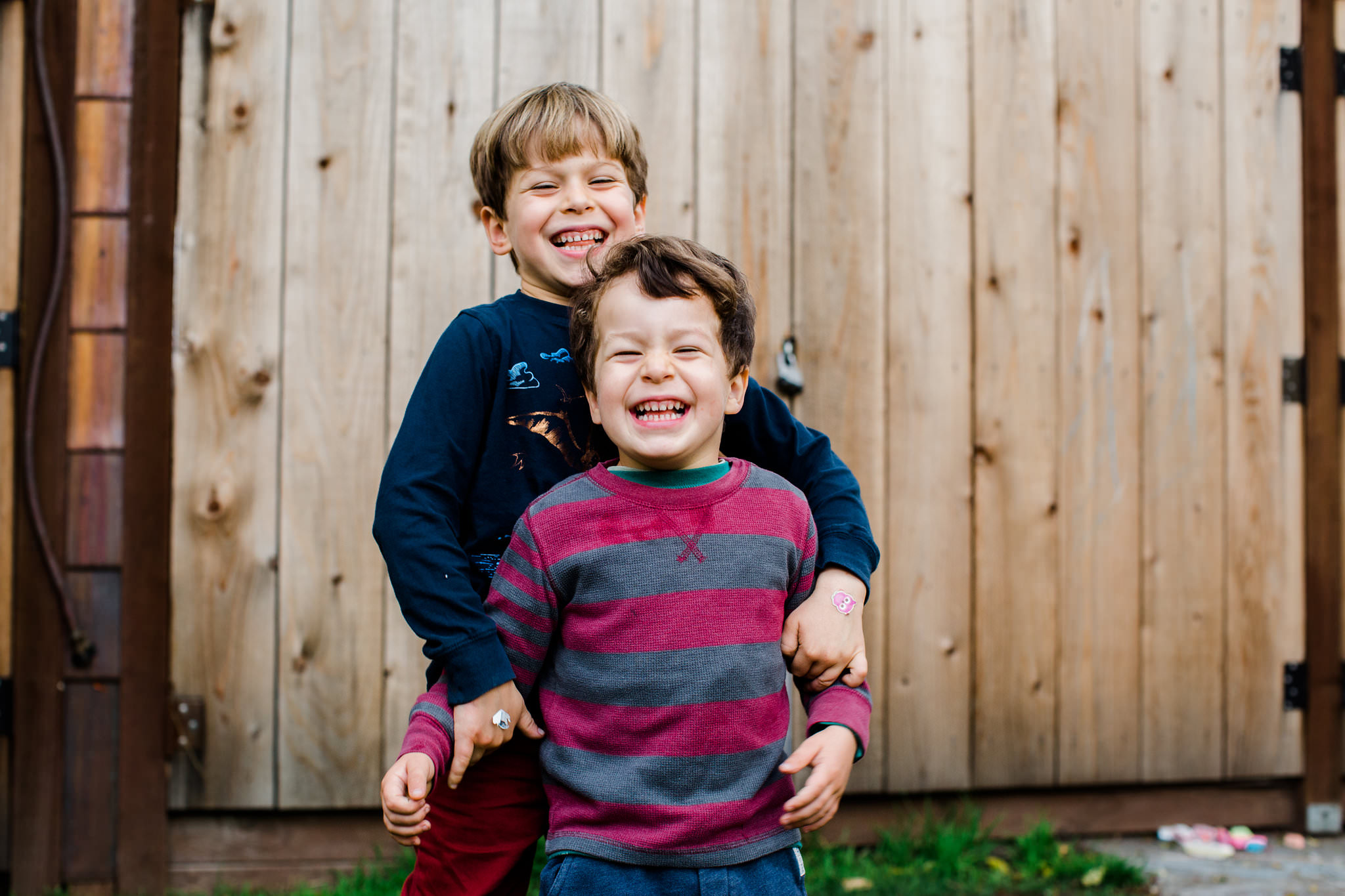Backyard Photo shoot with kids in San Francisco